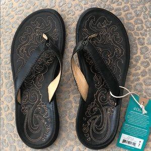 Olukai sandals, Paniolo -black size  7 NWT